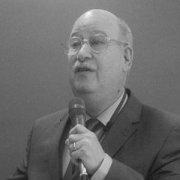 Ken J. Rotenberg
